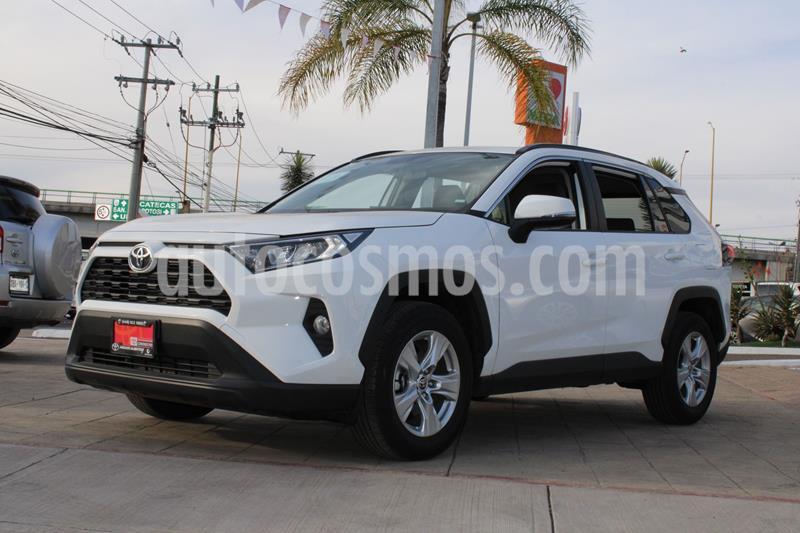 Toyota RAV4 XLE  usado (2020) color Blanco precio $488,100