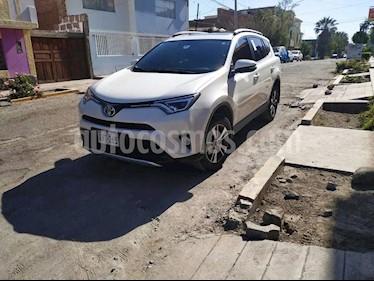 Toyota Rav4 2.0L Sport D-Lux 4x4 Aut  usado (2017) color Blanco precio $7,000