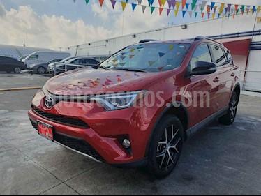 Foto venta Auto usado Toyota RAV4 SE 4WD (2017) color Rojo precio $399,000