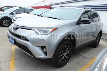 Foto venta Auto usado Toyota RAV4 SE 4WD (2018) color Plata precio $495,000