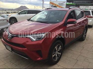 Toyota RAV4 XLE 4WD usado (2017) color Rojo precio $320,000