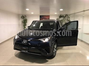 Foto venta Auto usado Toyota RAV4 XLE 4WD (2018) color Azul precio $348,000