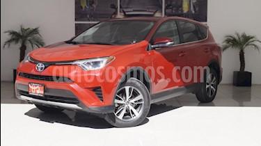 Foto venta Auto usado Toyota RAV4 XLE 4WD (2016) color Rojo precio $375,000