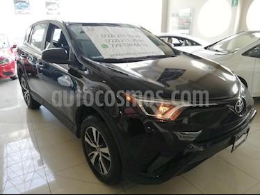 Foto venta Auto usado Toyota RAV4 XLE Plus 4WD (2017) color Negro precio $310,000