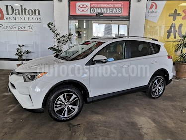 Foto venta Auto usado Toyota RAV4 XLE Plus 4WD (2016) color Blanco precio $375,000