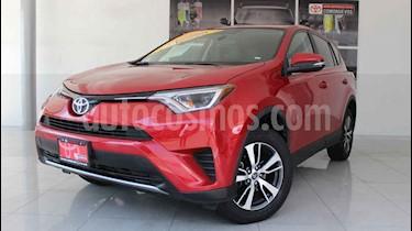 foto Toyota RAV4 XLE Plus 4WD usado (2017) color Rojo precio $350,000