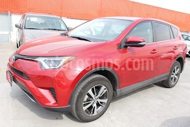 Foto venta Auto Seminuevo Toyota RAV4 XLE (2016) color Rojo precio $339,000