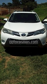 Toyota RAV4 XLE  usado (2013) color Blanco precio $235,000
