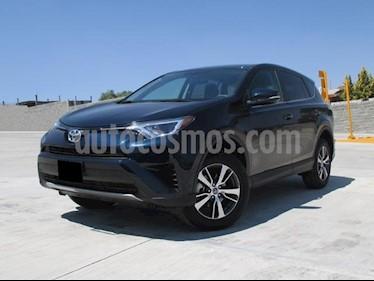 Foto venta Auto usado Toyota RAV4 XLE (2018) color Azul precio $378,000