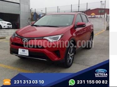 Foto venta Auto Seminuevo Toyota RAV4 XLE  (2017) color Rojo precio $317,000