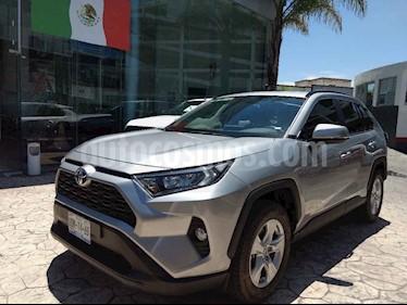 Foto venta Auto usado Toyota RAV4 XLE  (2019) color Plata precio $448,000