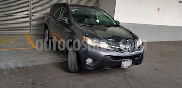 Foto venta Auto usado Toyota RAV4 XLE  (2013) color Gris precio $229,900