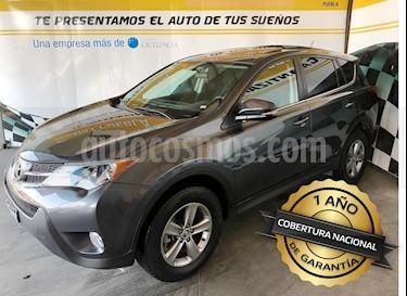 Foto venta Auto usado Toyota RAV4 XLE (2015) color Gris precio $280,000