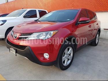 Foto venta Auto Seminuevo Toyota RAV4 XLE  (2013) color Rojo precio $245,000