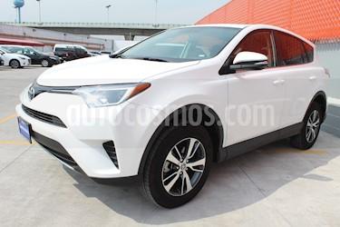 Foto venta Auto usado Toyota RAV4 XLE (2018) color Blanco precio $420,000