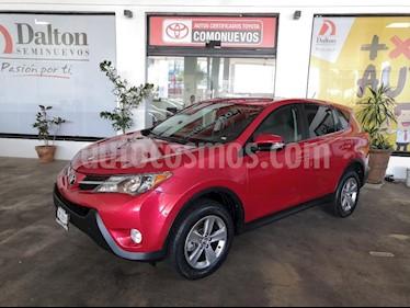 Foto venta Auto Seminuevo Toyota RAV4 XLE  (2015) color Rojo precio $299,000