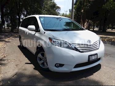 Foto venta Auto usado Toyota Sienna 5p LE V6/3.5 Aut (2011) color Blanco precio $209,000