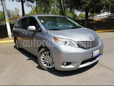 Foto venta Auto usado Toyota Sienna 5p XLE V6/3.5 Aut (2012) color Negro precio $240,000