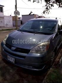 Foto venta Auto usado Toyota Sienna CE 3.3L (2004) color Azul precio $68,000
