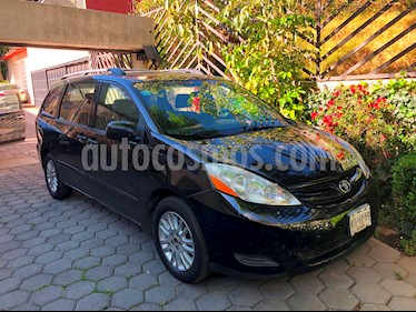 Foto venta Auto usado Toyota Sienna CE 3.5L (2008) color Negro precio $120,000