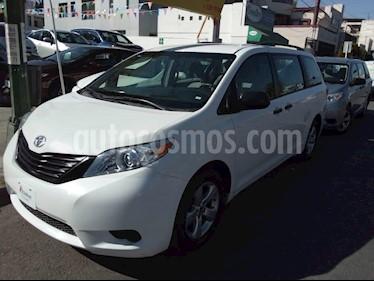 Foto venta Auto usado Toyota Sienna CE 3.5L (2017) color Blanco precio $355,000