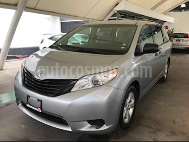 Foto venta Auto usado Toyota Sienna CE 3.5L (2017) color Plata precio $359,000