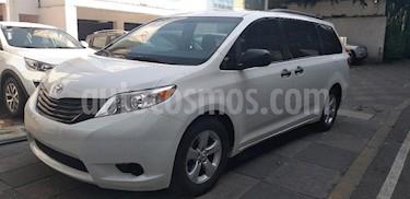 Foto venta Auto Seminuevo Toyota Sienna CE 3.5L (2016) color Blanco precio $325,000