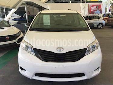 Foto venta Auto usado Toyota Sienna CE 3.5L (2016) color Blanco precio $359,000