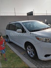 Toyota Sienna CE 3.5L usado (2011) color Blanco precio $160,000