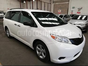Foto venta Auto usado Toyota Sienna CE 3.5L (2017) color Blanco precio $369,900