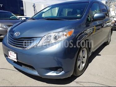Foto venta Auto usado Toyota Sienna LE 3.5L (2016) color Azul precio $339,000