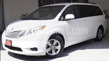 Foto venta Auto usado Toyota Sienna LE 3.5L (2015) color Blanco precio $320,000