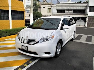 Foto venta Auto usado Toyota Sienna LE 3.5L (2015) color Blanco precio $279,900