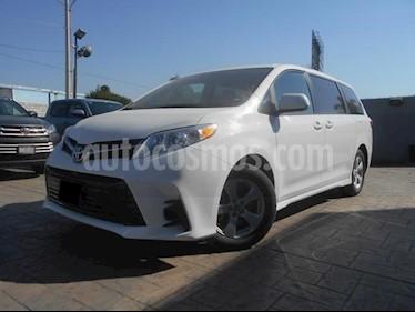 Foto venta Auto usado Toyota Sienna LE 3.5L (2019) color Blanco precio $529,500