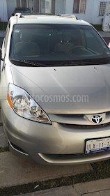 Foto venta Auto Seminuevo Toyota Sienna LE 3.5L (2008) color Plata precio $130,000