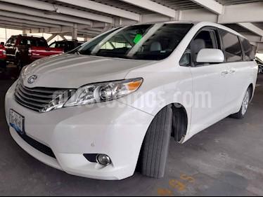 foto Toyota Sienna Limited 3.3L usado (2012) color Blanco precio $275,000