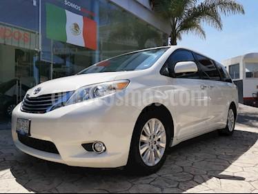 Foto venta Auto usado Toyota Sienna Limited 3.3L (2012) color Blanco precio $280,000