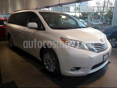 Foto venta Auto usado Toyota Sienna Limited 3.3L (2013) color Blanco precio $329,000