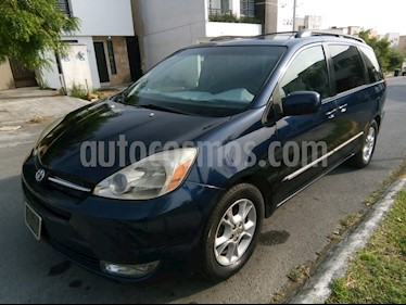 Foto Toyota Sienna Limited 3.3L usado (2004) color Azul precio $98,000