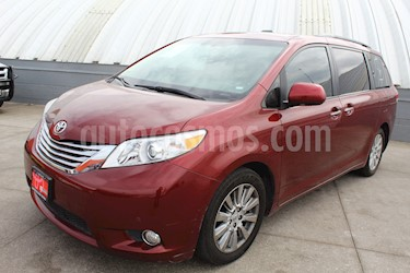 Foto venta Auto usado Toyota Sienna Limited 3.3L (2012) color Rojo precio $338,000