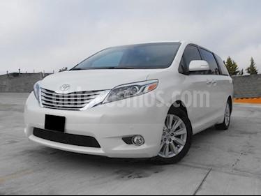 Foto venta Auto usado Toyota Sienna Limited 3.5L (2015) color Blanco precio $480,000