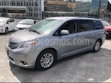 Foto venta Auto usado Toyota Sienna Limited 3.5L (2012) color Blanco precio $350,000