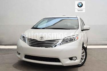 Foto venta Auto usado Toyota Sienna Limited 3.5L (2017) color Blanco precio $620,000