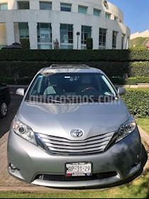 Toyota Sienna Limited 3.5L usado (2014) color Plata precio $375,000