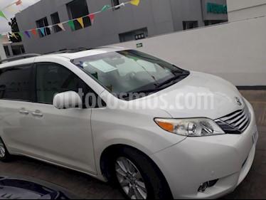 Foto venta Auto usado Toyota Sienna Limited 3.5L (2012) color Blanco precio $270,000