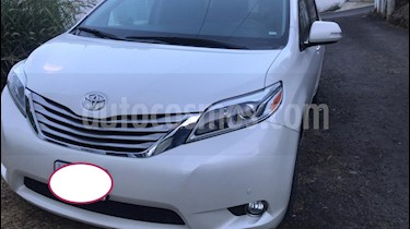 Foto venta Auto usado Toyota Sienna Limited 3.5L (2016) color Blanco precio $450,000