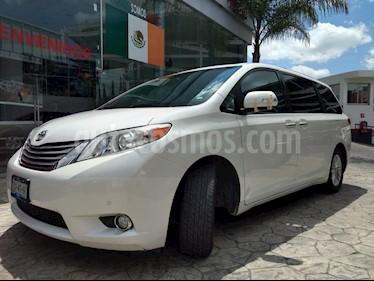 Foto venta Auto usado Toyota Sienna Limited 3.5L (2013) color Blanco precio $325,000