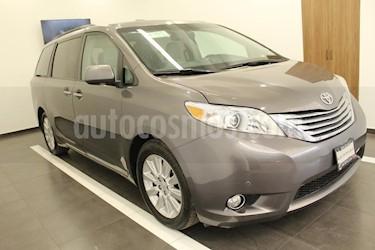 Foto venta Auto usado Toyota Sienna Limited 3.5L (2011) color Gris precio $269,000