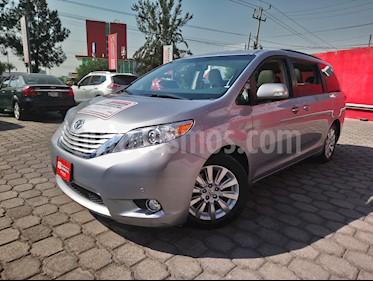 Foto venta Auto usado Toyota Sienna Limited 3.5L (2014) color Plata Brillante precio $430,000