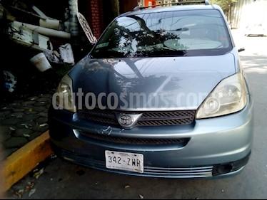 Toyota Sienna Limited 3.5L usado (2005) color Azul Metalizado precio $94,500